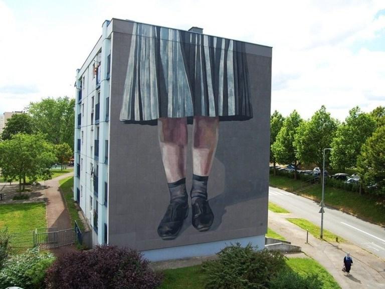 famous urban artist Hyuro in Besançon,France